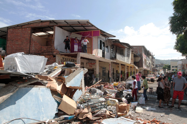 Mercados de capitais podem ser opção para riscos de tremores como o do Equador. (Foto: C. Silva/El Ciudadano.)