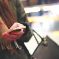 Uso de smartphones para trabalho em lugares públicos pode trazer riscos para a empresa. (Foto: Divulgação)