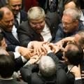 Deputados comemoram a aprovação da PEC 241: vitória do governo. ( Foto: Lula Marques/Fotos Públicas)