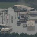 Área industrial inundada pelo furacão Harvey no Texas. (Foto: Reprodução/CBS)